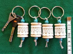 Keychain wooden spool lace by ChezMaRiia Wooden Spools, Wooden Beads, Stitch Markers, Reindeer, Craft Supplies, My Etsy Shop, Lace, Unique Jewelry, Handmade Gifts