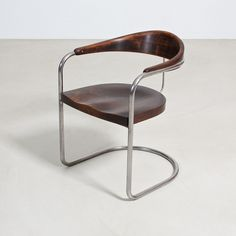 Armchair by Hans and Wassili Luckhardt, Bauhaus, Thonet, Hans and Wassili Luckhardt - Zeitlos Berlin (Chairs & Armchairs Bauhaus Furniture, Art Deco Furniture, Dining Furniture, Furniture Design, Cantilever Chair, Love Chair, Metal Chairs, Wooden Chairs, Dining Table Chairs