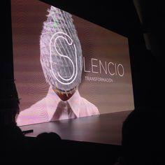 Ayer estuvimos viendo a grandes profesionales en STS Beauty Barcelona, de la mano de Schwarzkopf Professional. Jose Ventura y Pelsynera sobre el escenario. ¡Grandes!