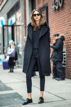 27 Impressive Winter Outfits for Work Gatherings