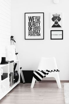 How to make home decoration items white interior home, home decor, bl Home Interior, Interior And Exterior, Modern Interior, Interior Inspiration, Design Inspiration, Black And White Interior, Black White, Ideas Hogar, Deco Design