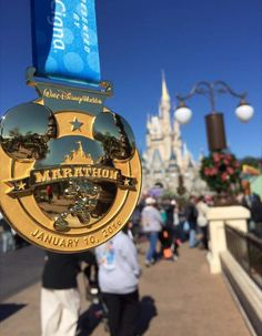 2016 marathon Disney medal
