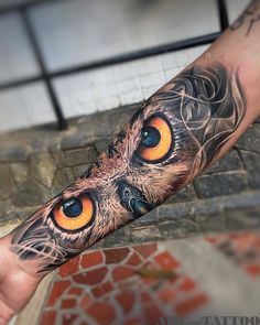 A compelling guide to color tattoos: the pros and cons of color tattoos, color tattoo styles and photo ideas. Tigeraugen Tattoo, Owl Forearm Tattoo, Owl Tattoo Chest, Owl Eye Tattoo, Owl Tattoo Drawings, Owl Tattoo Small, Snake Tattoo, Tattoo Blog, Bild Tattoos