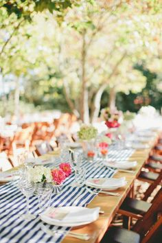 table decor Style Me Pretty | GALLERY & INSPIRATION | GALLERY: 12086 | PHOTO: 945081