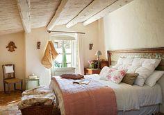 Celeiro Acolhedor na Catalunha-dormitório de casal