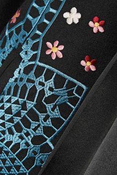 Temperley London - Juniper Satin-trimmed Embroidered Wool And Cashmere-blend Jacket - Black - UK16