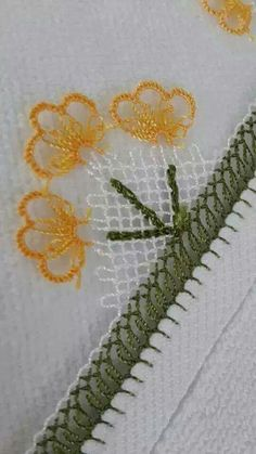 Needle Lace The moment Ifirst laid eyes on oya needlework was not as profound as one might imagine. Can we ask you a favor? Can you please share this page if it's useful to you? Crochet Edging Patterns, Crochet Motifs, Seed Bead Tutorials, Beading Tutorials, Lace Flowers, Crochet Flowers, Asian Quilts, Sunflower Tattoo Design, Quilt Binding