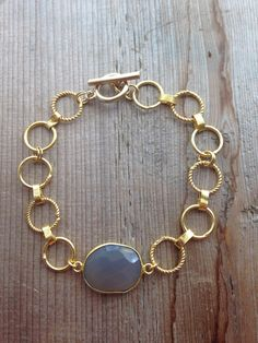 Gray Chalcedony Stone Bracelet with Gold chain band от joydravecky, $62.00