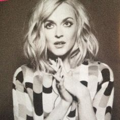 Style Ideas for medium bob: Fearne Cotton's soft waves Fearne Cotton, Female Character Inspiration, Beauty Shots, Celebs, Celebrities, Great Hair, Big Hair, Messy Hairstyles, Hair Dos
