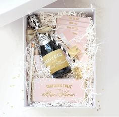 11 Delivery Services to Help Propose to Your Bridesmaids | TheKnot.com