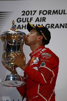 16.04.2017 - Race, Sebastian Vettel (GER) Scuderia Ferrari SF70H race winner