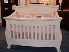 Cute crib - love the lines and the solid back panel.