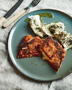 Paprikaschnitzel | Kasvis, Grillaus | Soppa365 French Toast, Good Food, Interesting Recipes, Breakfast, Breakfast Cafe, Healthy Food, Eat Right, Yummy Food