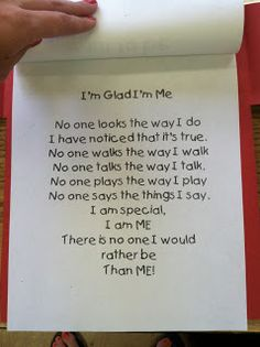 Back to school activities: I'm Glad I'm Me Poem: All About Me Books - great start to the year activity. All About Me Topic, All About Me Book, All About Me Eyfs, All About Me Project, All About Me Crafts, All About Me Quotes, All About Me Preschool Theme, Preschool Songs, All About Me Activities For Preschoolers