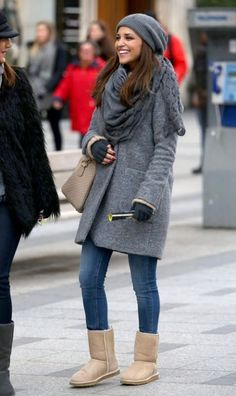 winter outfits with uggs Check out these beautiful - winteroutfits Winter Outfits For Teen Girls, Preppy Winter Outfits, Casual Outfits, Summer Outfits, Fall Outfits, Ugg Boots Style, Ugg Boots Outfit, Bow Boots, Dress Boots