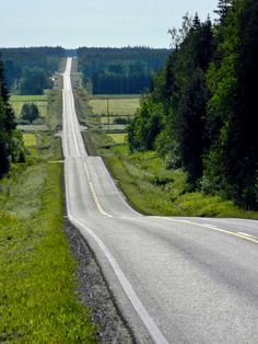 Panoramio - Photo of Road Lehtimäki. Places To Travel, Places To Visit, Finland Travel, Scandinavian Countries, Forest Road, Helsinki, Countryside, Nature Photography, Scenery