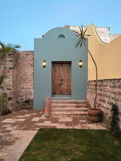 Spanish House, Spanish Style, Hacienda Style, Mexican Hacienda, Fachada Colonial, Mexico House, Backyard, Patio, Facade House