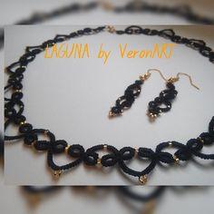 LAGUNA fekete nyaklánc és fülbevaló szett arany gyöngyökkel, horgolt, Ékszer, óra, Esküvő, Nyaklánc, Fülbevaló, Meska My Works, My Love, Bracelets, Black, Jewelry, Bangles, Jewlery, Black People, Jewels