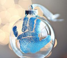 Awesome Christmas Decor Styles: Handprint Christmas Ornament