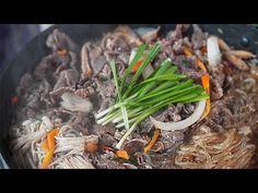 따뜻한 국물 불고기 + 당면 후루룩~ 수능으로 지친 우리 아이들 체력. 영양 채워주세요~ 불고기전골 레시피, 불고기양념, 서울식불고기 - YouTube Special Recipes, Japchae, Cooking Recipes, Asian, Ethnic Recipes, Korean, Foods, Food, Food Food
