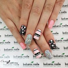 Make easy nail art designs 2015 at home in different styles with beads and glitters. Easy nail art patterns ideas tutorial to make at home Dot Nail Art, Polka Dot Nails, Acrylic Nail Art, Nail Art Diy, Easy Nail Art, Diy Nails, Cute Nails, Manicure, Polka Dots