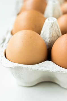 Health benefits of eating eggs are that they are packed with vitamins and minerals, good source of protein and they contain antioxidants.