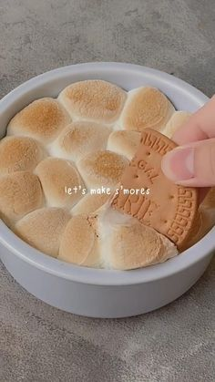 Fun Baking Recipes, Cooking Recipes, Think Food, Cafe Food, Aesthetic Food, Food Cravings, Diy Food, Food Porn, Food And Drink
