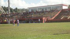 Estádio Edgar Santos - Simões Filho (BA) - Capacidade: 5 mil - Clube: Leônico