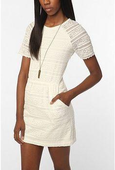 Dolce Vita Saurus Scallop Lace Dress