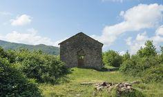 Tra le rovine di Castiglioncello, borgo abbandonato tra Toscana ed Emilia Romagna Toscana, Monument Valley, Nature, Travel, Outdoor, Italia, Outdoors, Naturaleza, Viajes