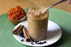 Easy, no-cook oatmeal with make-ahead convenience; packed with nutrition to get your day off to a healthy start. Make it in individual mason jars for a perfect serving size and an easy grab-and-go breakfast. From TheYummyLife.com