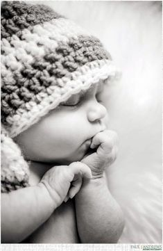 Adorable newborn Photography Ideas For Your Junior (4)
