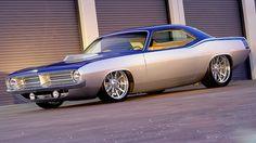 Gorgeous '71 Custom Cuda