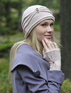 Tekstiiliteollisuus - Hattu ja kämmekkäät