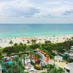 FL – Pool and cabanas at Loews Miami Beach Hotel, Miami Beach, Miami-Dade county, Florida, USA. It's located at 1601 Collins Ave. @ 16th St. in the South Beach neighbourhood. https://www.google.ca/maps/place/Loews+Miami+Beach+Hotel/@25.7891113,-80.1349962,16z/data=!4m5!3m4!1s0x88d9b49af33950df:0x6c8346f0a975ab6!8m2!3d25.7891113!4d-80.1292885