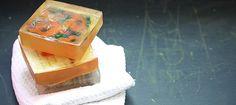 Zelf zeepjes maken met eigen afbeelding #DIY #cadeau http://www.x6lifestyle.com/diy-zeepjes-maken-eigen-afbeeldingen/