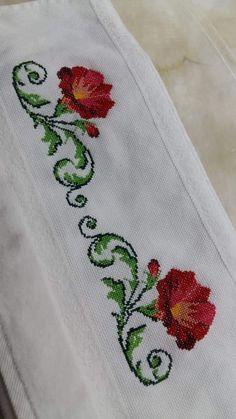 Cross Stitching, Cross Stitch Embroidery, Hand Embroidery, Cross Stitch Designs, Cross Stitch Patterns, Baby Knitting Patterns, Crochet Patterns, Black And White Flower Tattoo, Mexican Designs