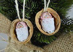 Dekorácie - Vianočné oriešky s bábätkom v ružovej zavinovačke, biela krajka - 7305196_ Miniature Crafts, Miniature Dolls, Christmas Decorations, Christmas Ornaments, Holiday Decor, Fairy Crafts, Christmas Graphics, Shell Crafts, Christmas Projects