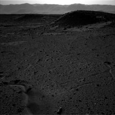Mars' taki Gezgin Curiosity 'nin Çektiği Fotoğraflarda Işıklı Nokta Tespit Edildi