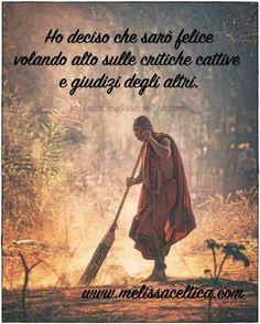 not the monk the lighting and the act of sweeping. Buddha Zen, Gautama Buddha, Buddha Buddhism, Buddhist Monk, Buddhist Meditation Techniques, Arte Yin Yang, Art Asiatique, Into The West, Taoism