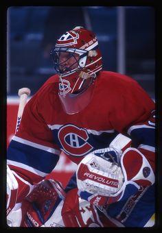 Patrick Roy, Saint Patrick, Hockey Logos, Hockey Players, Montreal Canadiens, Goalie Mask, Black Sesame, Cool Masks, Nfl Fans