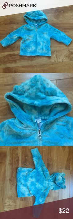 Tie Dye Blue Minky Jacket Lime Baby tie dye blue Minky sweater /jacket. Perfect condition. It has cute ears on the hood. 6-12 months, I would say that it runs a little large. Lime Baby Jackets & Coats