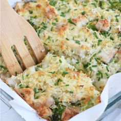 A healthy and cheesy broccoli cauliflower rice chicken casserole that is perfect for dinner and makes great leftovers. Gluten free and low carb! Healthy Food Blogs, Good Healthy Recipes, Healthy Baking, Low Carb Recipes, Cooking Recipes, Diet Recipes, Delicious Recipes, Cooking Pork, Healthy Dinners