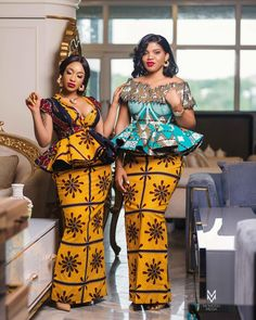 afrikanische mode The Nollywood Actress and mother of one, Tonto Dike stuns as she puts on a traditional outfit. She captioned it KING ANDRE MOTHER See photo African Lace Dresses, Latest African Fashion Dresses, African Dresses For Women, African Print Fashion, African Attire, African Wear, African Traditional Dresses, Traditional Outfits, Ankara Skirt And Blouse