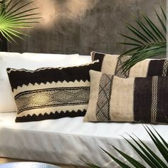 We have listed a new collection Moroccan pillows ♡ like these gorgeous Brown and creamy kilim pillows, made from a vintage kilim Zanafi rug.