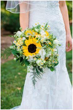 46 Sunflower Wedding Ideas That Inspire Cascading Wedding Bouquets, Summer Wedding Bouquets, Flower Bouquet Wedding, Floral Wedding, Daisy Wedding, Wedding Dresses, Sunflower Wedding Decorations, Fall Sunflower Weddings, Tall Wedding Centerpieces