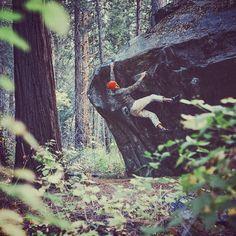 @justinbastien bouldering in Yosemite Valley. Photo by #jeffjohnson