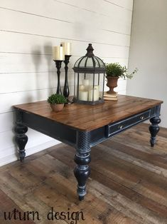 Wood Coffee Table Farmhouse coffee table By uturn design - Refinished furniture - Refinished End Tables, Refurbished Coffee Tables, Coffee Table Refinish, Coffee Table Upcycle, Painted Coffee Tables, Black Coffee Tables, Coffee Table Styling, Rustic Coffee Tables, Decorating Coffee Tables