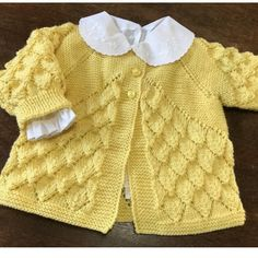 Baby Sweater Patterns, Baby Cardigan Knitting Pattern, Baby Hats Knitting, Baby Knitting Patterns, Knitted Hats, Crochet For Kids, Crochet Baby, Baby Pullover Muster, Knitting For Charity