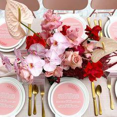 Red Wedding, Floral Wedding, Wedding Colors, Wedding Flowers, Wedding Day, Wedding Menu Display, Wedding Menu Cards, Wedding Mood Board, Wedding Table